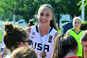 Linwood resident Kylee Watson returned home to a parade after winning a gold medal. (Photo: Dave O'Sullivan, Glory Days)